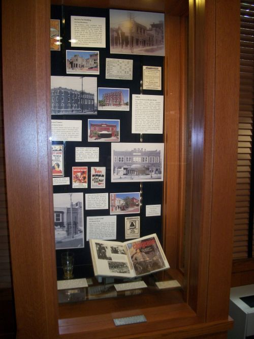 historic-alton-display-case